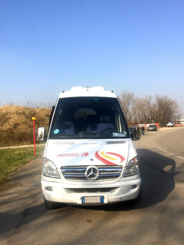 Mercedes-Sitcar-2_3