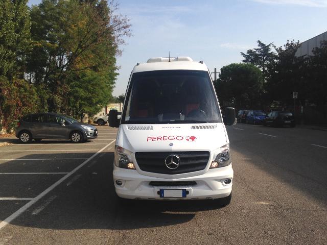 Mercedes-Sitcar_3